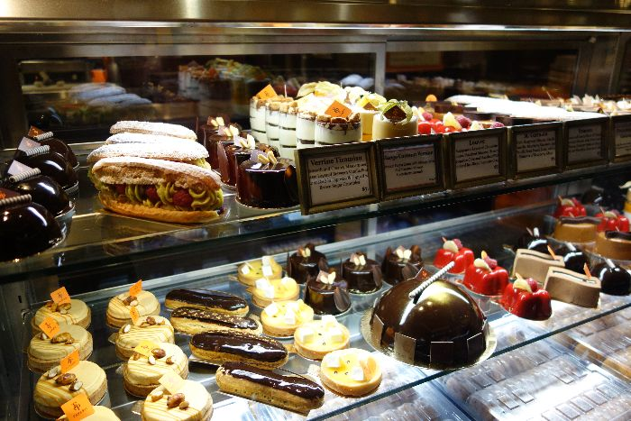 Plaza Food Court - FP Patisserie by Francois Payard