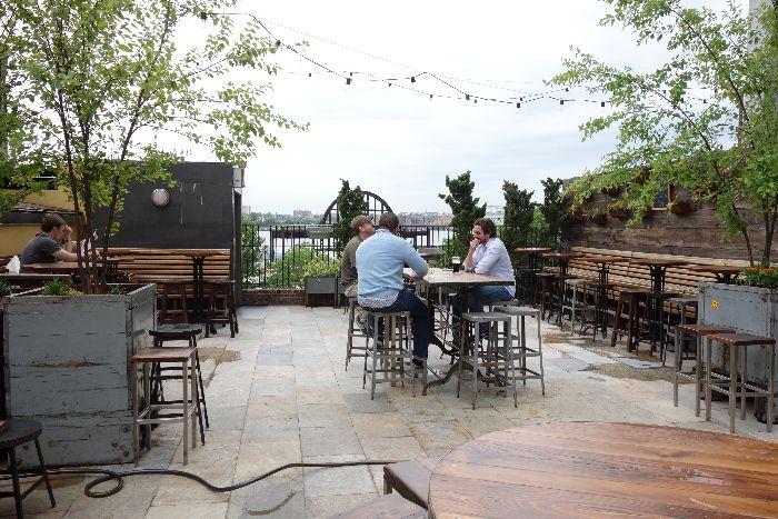 Brass Monkey: kid-friendly restaurants, Meatpacking District, New York