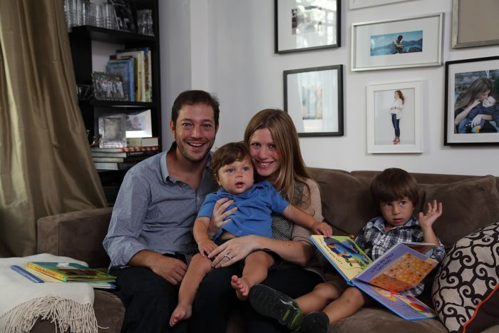Lisa Greenwald with her husband, Eric, and kids Jordan and Benjamin - via brunchwithmybaby.com