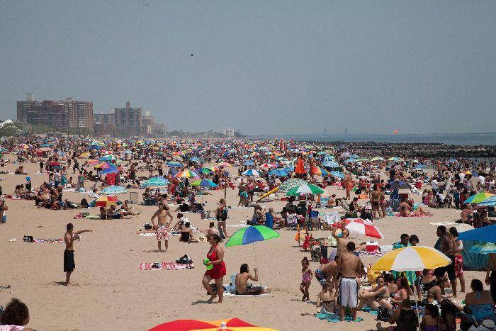 Coney Island via brunchwithmybaby.com