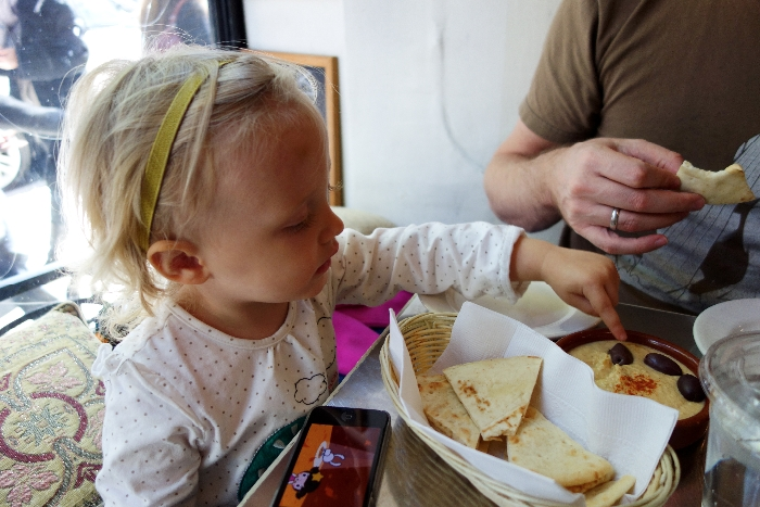 Snack: #Kid-Friendly Cafes in #SoHo, #NYC via brunchwithmybaby.com