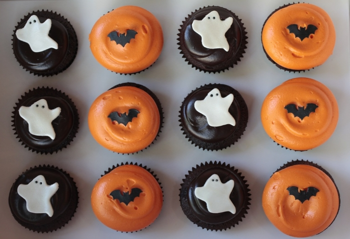 #Georgetown #Cupcake: #Halloween #Treats in #NYC via brunchwithmybaby.com