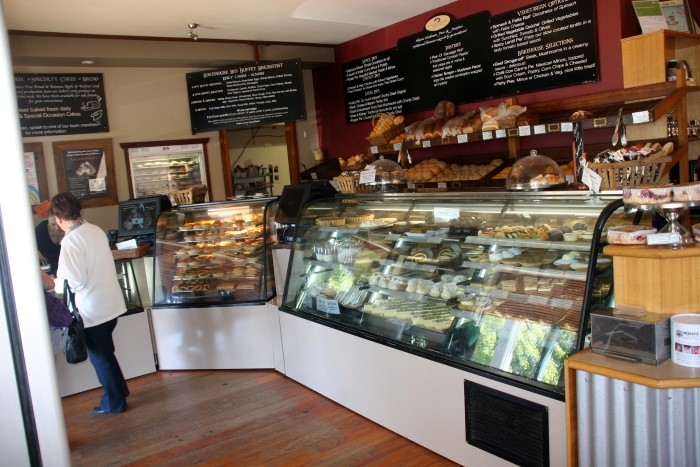 Husky Bakery - #kid-friendly #cafes - #Huskisson, #NSW via brunchwithmybaby.com