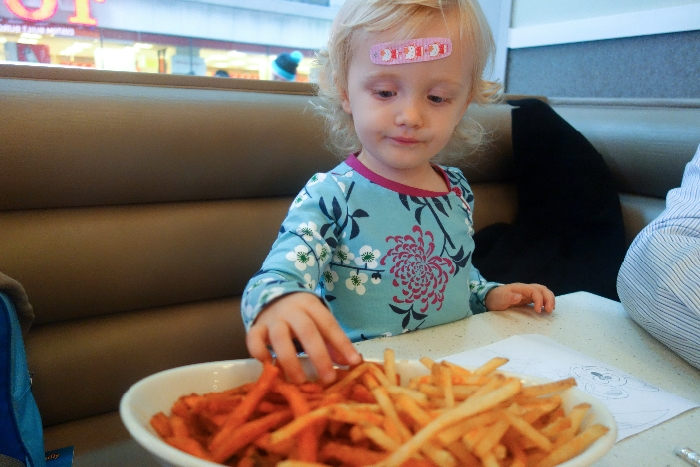 The Counter: #Kid-Friendly #Restaurants #midtown, #NYC via brunchwithmybaby.com