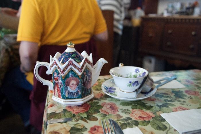 #Tea & Sympathy: kid-friendly restaurants, West Village, #NYC via brunchwithmybaby.com