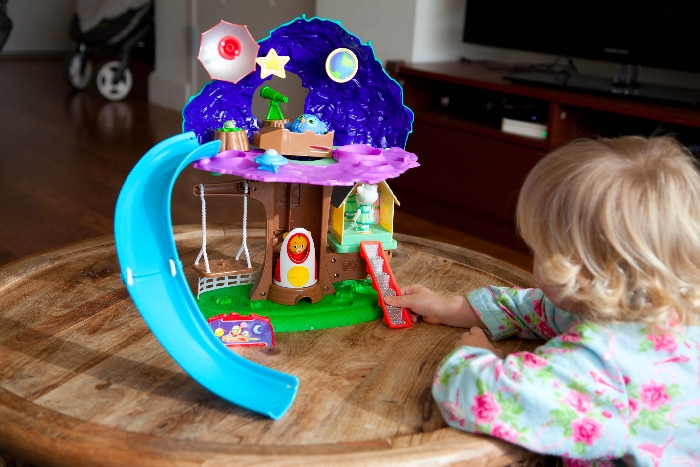 Daniel Tiger Treehouse Review + #Giveaway