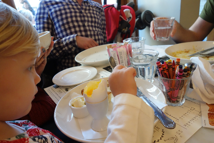 Jack's Wife Freda: #kidfriendly #restaurants #soho #newyork via brunchwithmybaby.com