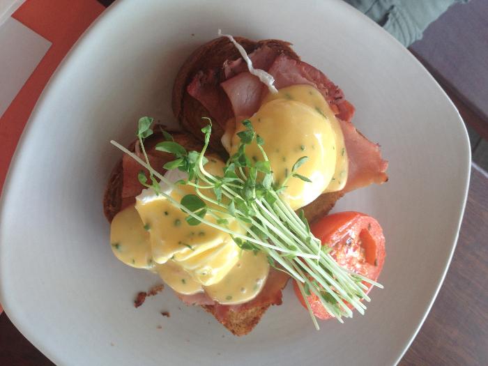 Smoked ham & eggs Benedict on brioche ($20)