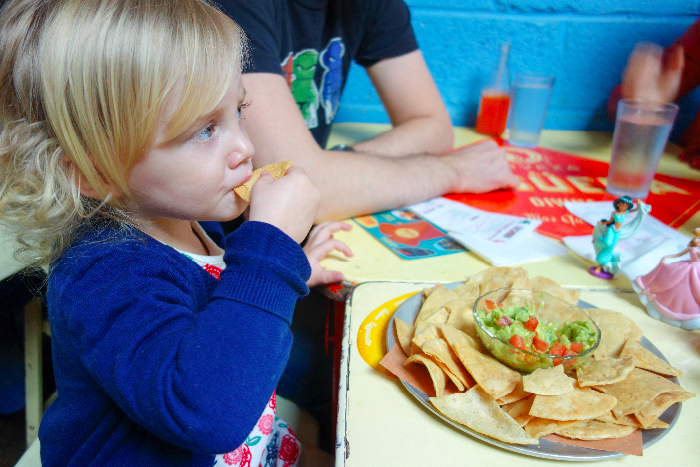 #Tacombi: #kidfriendly #restaurants #LES #nyc via brunchwithmybaby.com