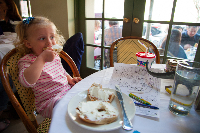 Isabella's: #kidfriendly #restaurants in #nyc via brunchwithmybaby.com