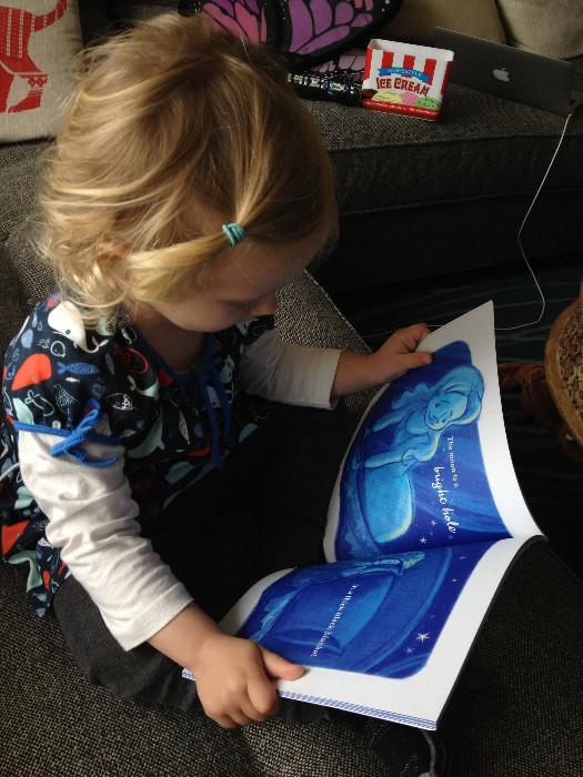 #motherwhatisthemoon #bookreview via brunchwithmybaby.com