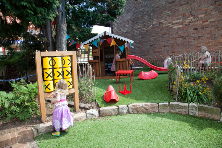 Gingerbread House: #KidFriendly Cafes #Katoomba #BlueMountains #Sydney via christineknight.me