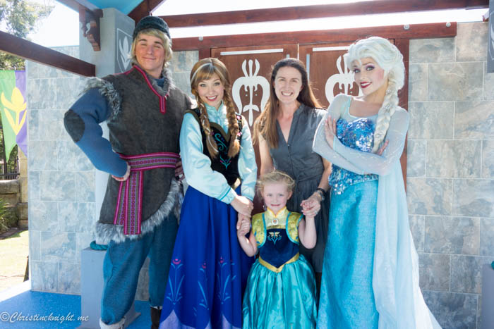Disney Frozen Garden Party via christineknight.me