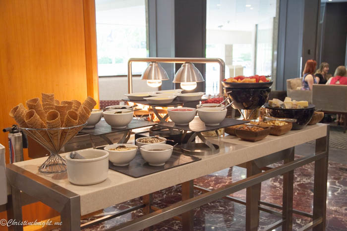 sheraton-on-the-park-buffet-1