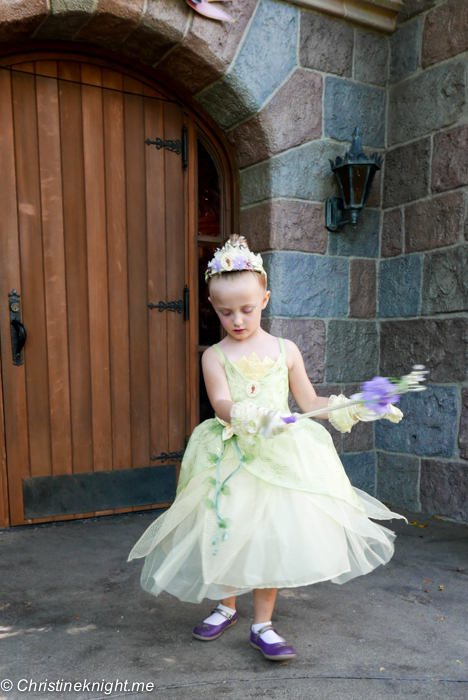 Bibbidi Bobbidi Boutique Disneyland California via christineknight.me