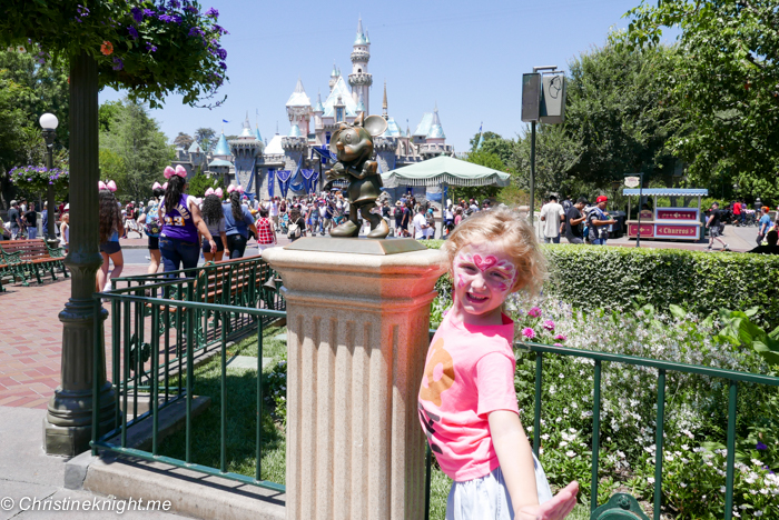 Disneyland via christineknight.me