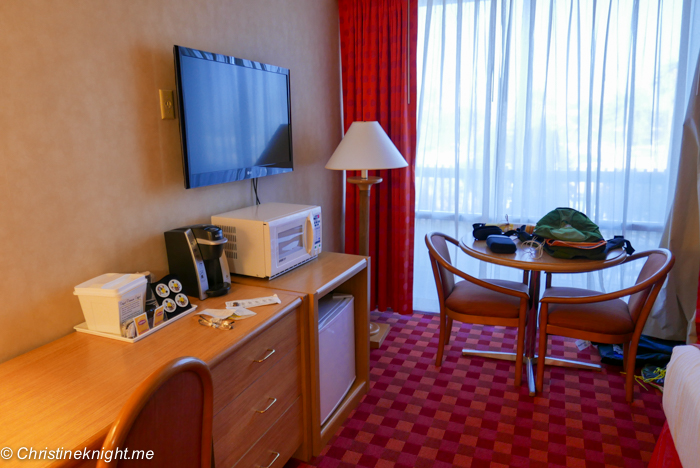 Howard Johnson Anaheim hotel review via christineknight.me