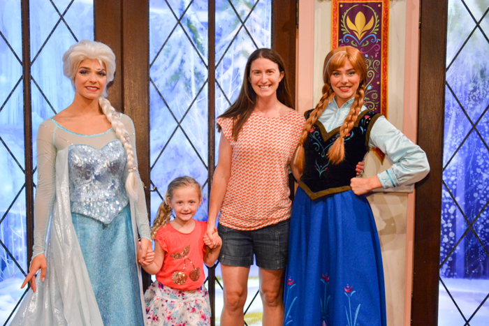 Meet anna elsa at disney california adventure park adventure baby meet anna elsa disney california adventure park m4hsunfo